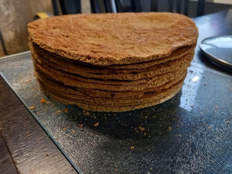 Нашла интересный рецепт торта Медовик, вкусно и просто