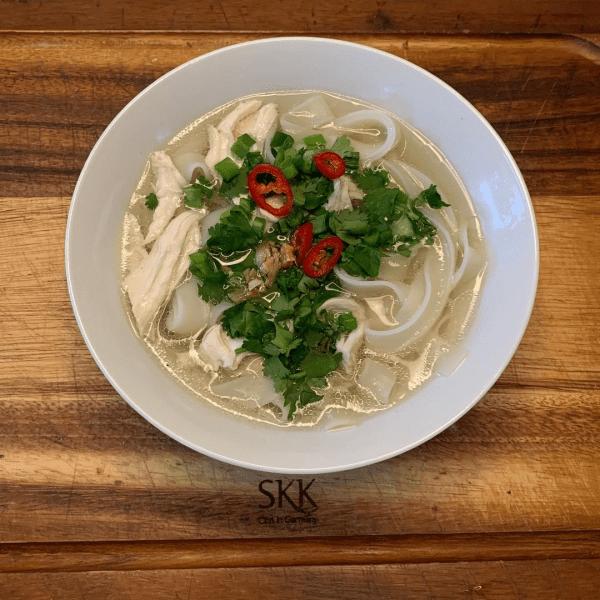 Приготовил тайский куриный суп