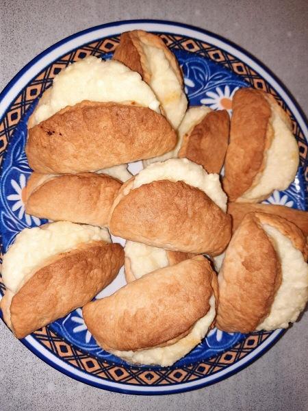 Печенье в виде сочников