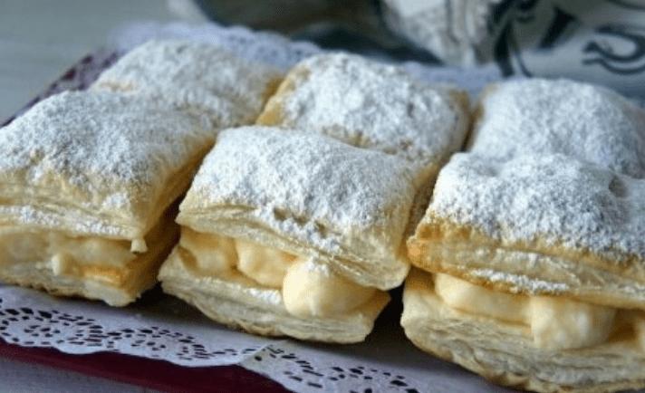 Пирожные с кремом (на слоеном тесте): простой рецепт.