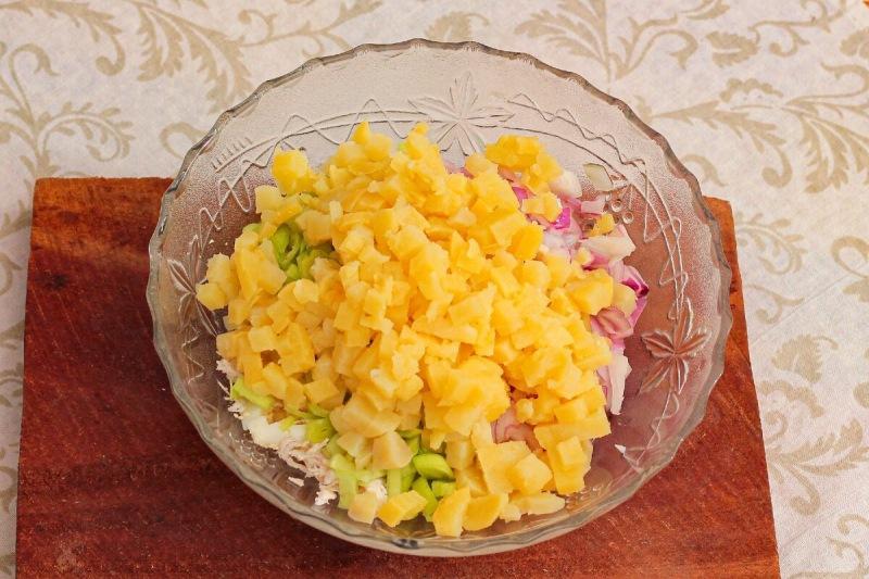 """Салат """"Завалинка"""" - яркий, вкусный и сытный"""