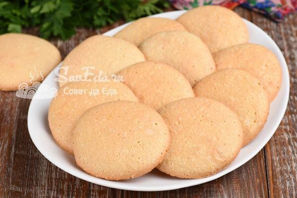 Печенье взбивное из 3 простых ингредиентов (рецепт с фото)