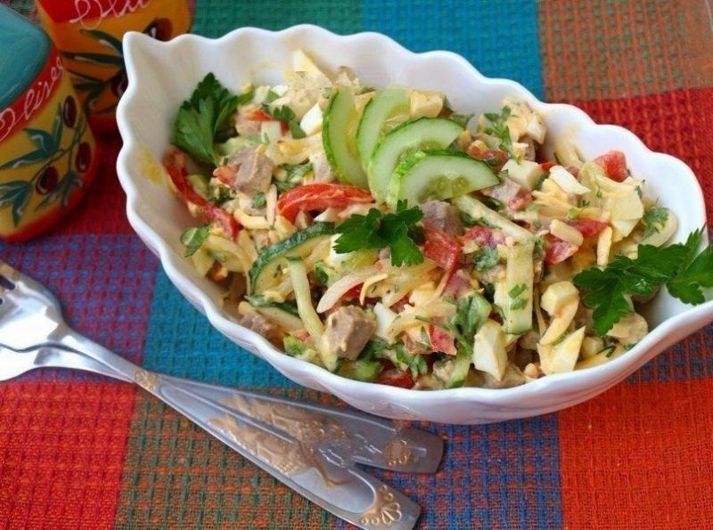 """Салат """"Бахор"""" один из лучших салатов узбекской кухни"""