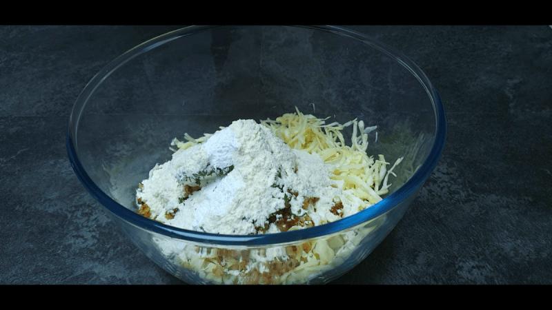 Готовлю капустные оладьи в духовке. Быстро и очень вкусно