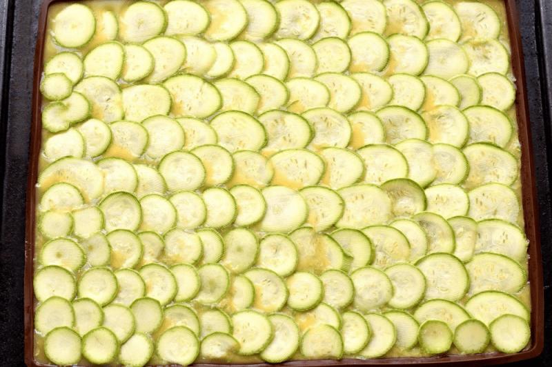 Кабачковый рулет с сыром рикотта