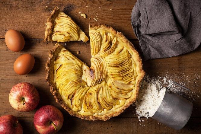 Яблочный пирог, который вы еще не приготовили: рецепт от шеф-повара