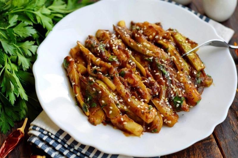 Кабачки в соевом соусе с чесноком