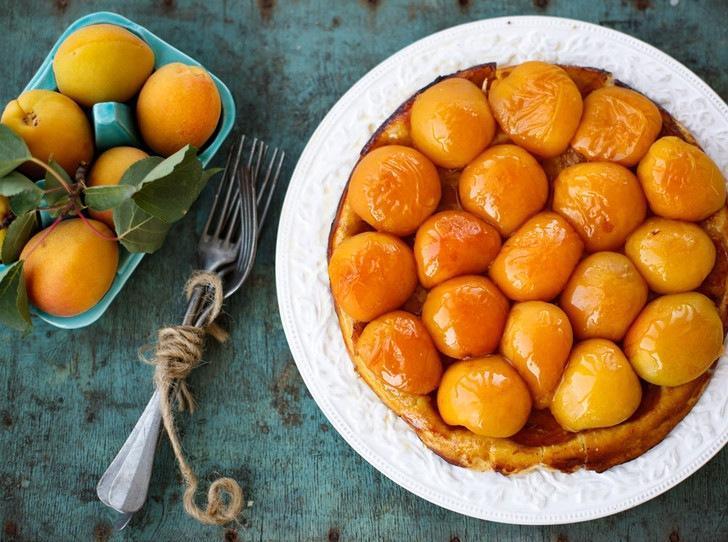Рецепт недели: торт глазированный лимонно-абрикосовой глазурью