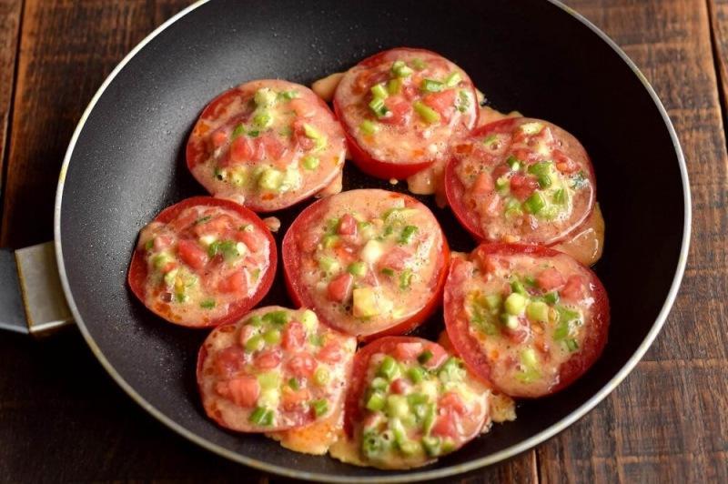 Жареные кольца помидоров с начинкой