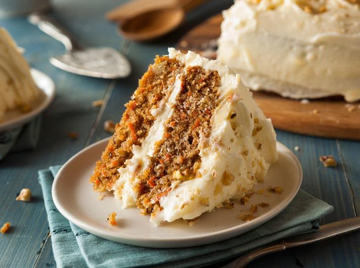 Десерт выходного дня: морковный пирог