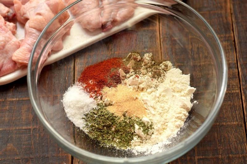 Крылышки «Баффало» в сырном соусе