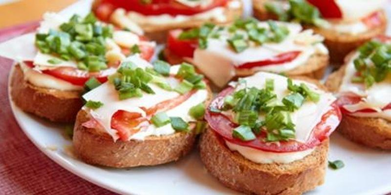 Рецепты бутербродов с авокадо, селедкой, красной икрой — вкусные и простые рецепты горячих бутербродов с колбасой в духовке