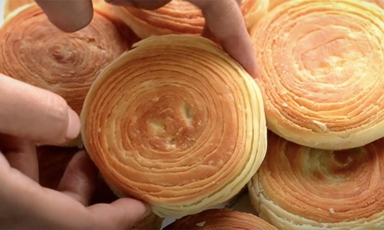 Обычно на приготовление уходит 30-40 минут, но проницательные турецкие повара придумали, как это сделать за 4. Покажите рецепт
